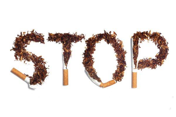 smoking causing gum disease